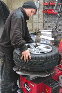 Fitting a new tyre